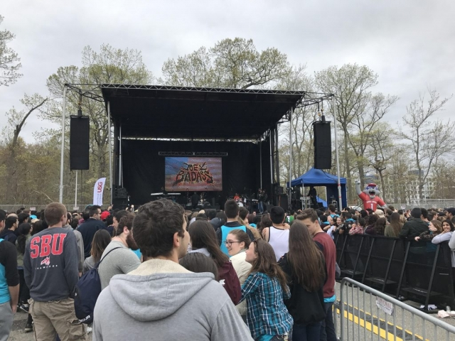 outdoor college show