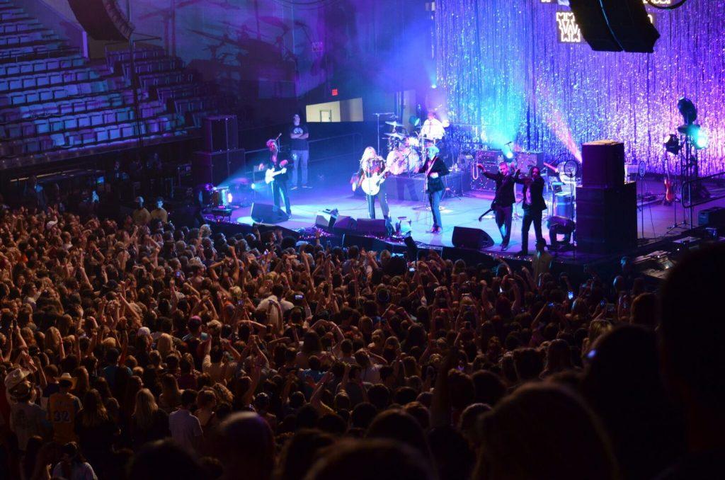Kesha college concert